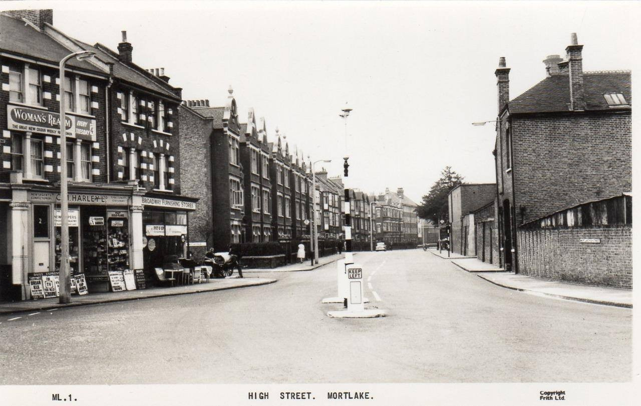 Mortlake High Street, SW14