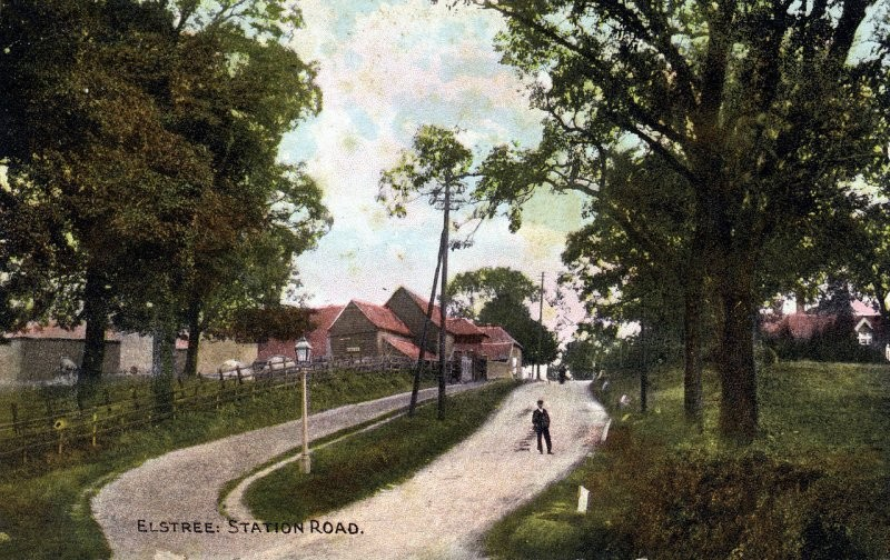 Elstree:Station Road, now Allum Lane, with Nicoll Farm on the left. Postcard dated 14 September 1910