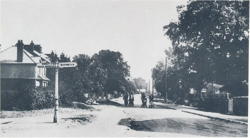Looking along Furzehill Road from the Shenley Road junction, early twentieth century.