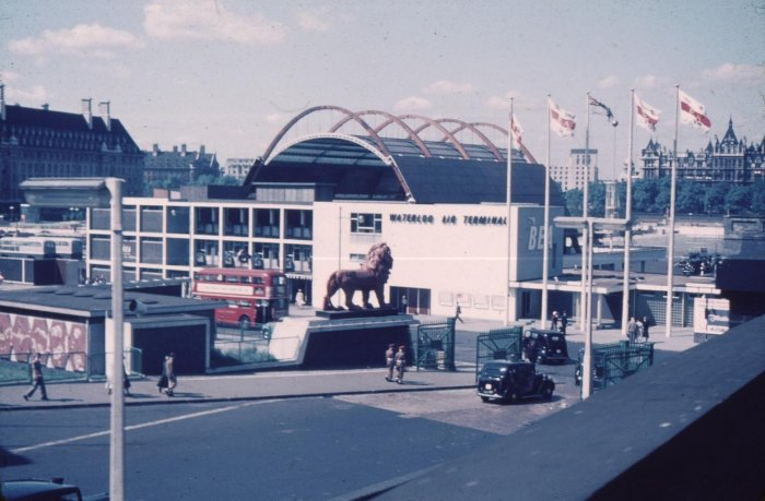 Waterloo Air Terminal (1953)